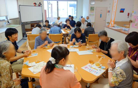 事業・特色「認知症カフェ(オレンジカフェ)開催」|長岡三古老人福祉会